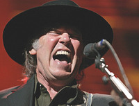 220406Neil_Young.jpg